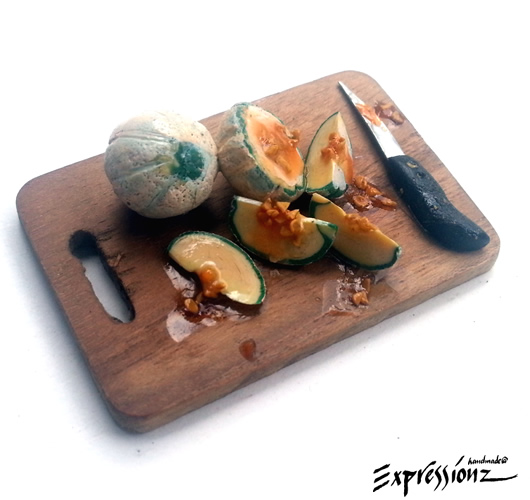 Miniature Musk Melon with Chopping Board